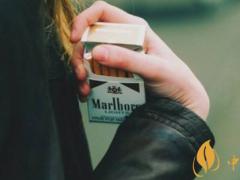 张国荣喜欢抽什么烟 张国荣最喜欢抽的烟(白色万宝路)